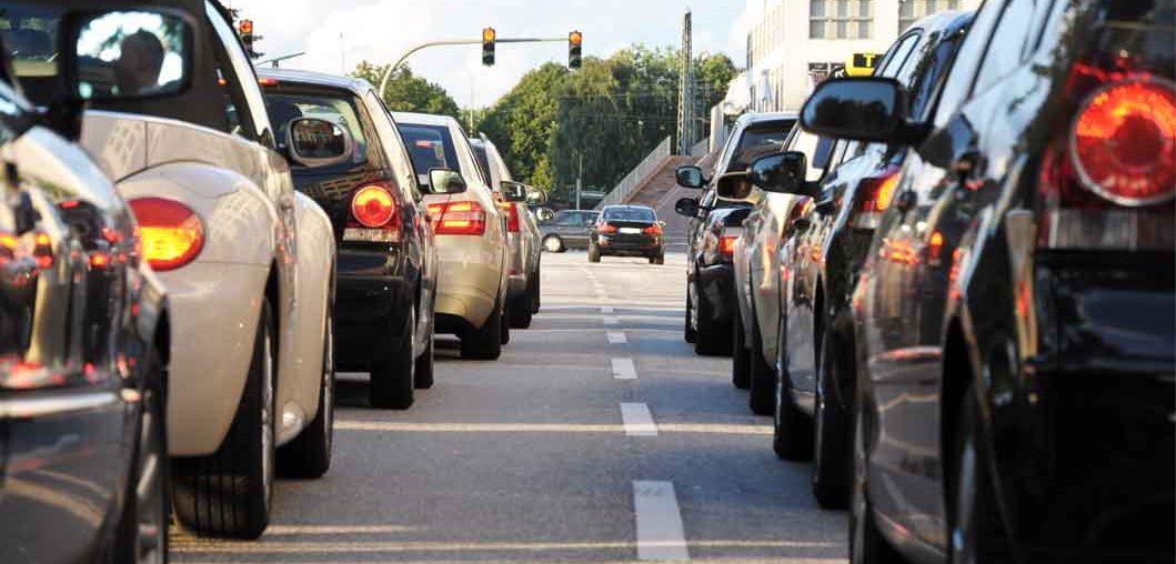 Wypadek drogowy na skrzyżowaniu