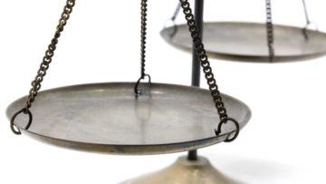 Prawo ubezpieczyciela do regresu roszczeń od sprawcy szkody