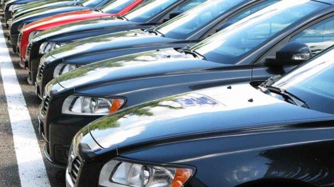 Odszkodowanie za uszkodzenie nowego samochodu